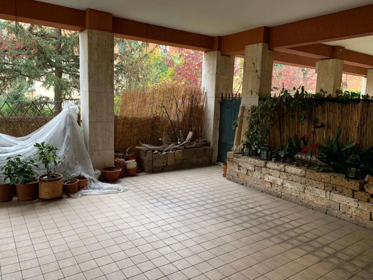 Appartamento in ottime condizioni in vendita Rif. 11999291