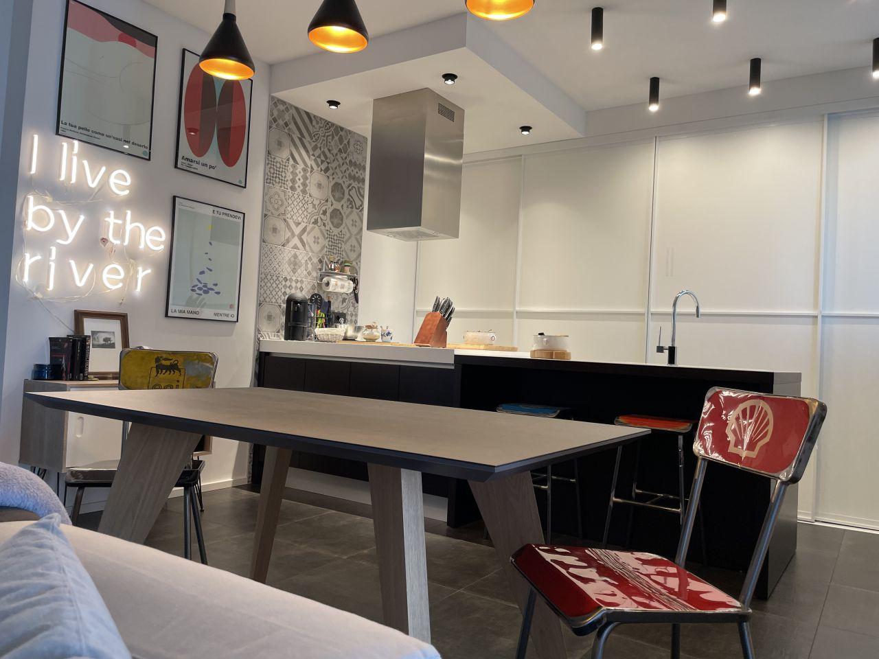 Appartamento in vendita a Casalecchio di Reno, 4 locali, prezzo € 460.000 | CambioCasa.it