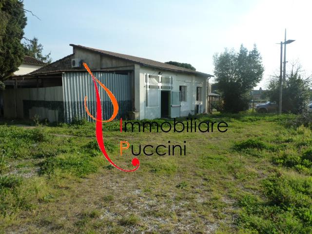 Negozio / Locale in affitto a Calenzano, 2 locali, zona Località: GENERICA, prezzo € 1.500 | Cambio Casa.it