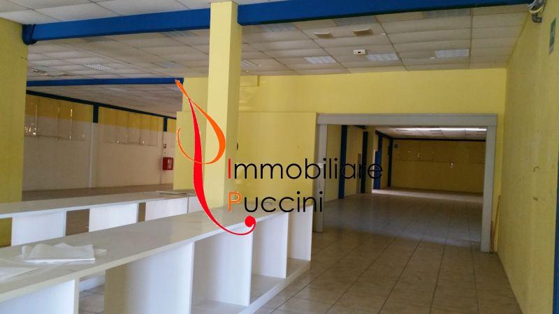 Negozio / Locale in affitto a Calenzano, 9999 locali, zona Località: GENERICA, prezzo € 5.800 | Cambio Casa.it