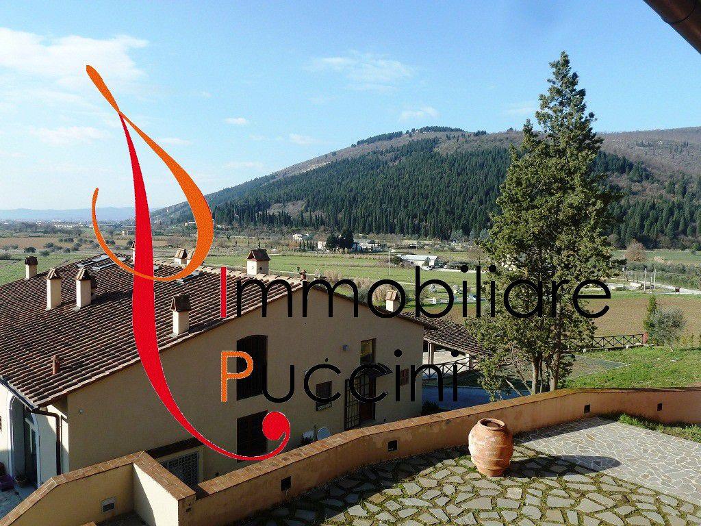 Soluzione Indipendente in vendita a Calenzano, 5 locali, zona Località: GENERICA, prezzo € 660.000   Cambio Casa.it