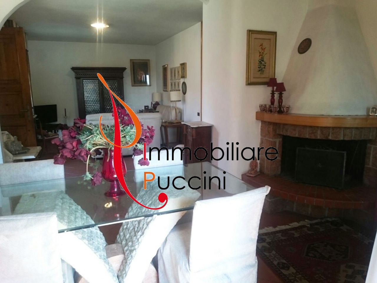 Appartamento in vendita a Calenzano, 5 locali, prezzo € 270.000 | CambioCasa.it