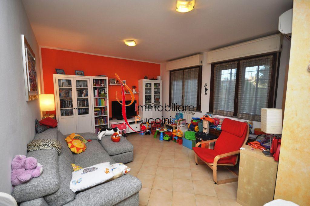 Appartamento in vendita a Sesto Fiorentino, 3 locali, zona Località: GENERICA, prezzo € 235.000   Cambio Casa.it