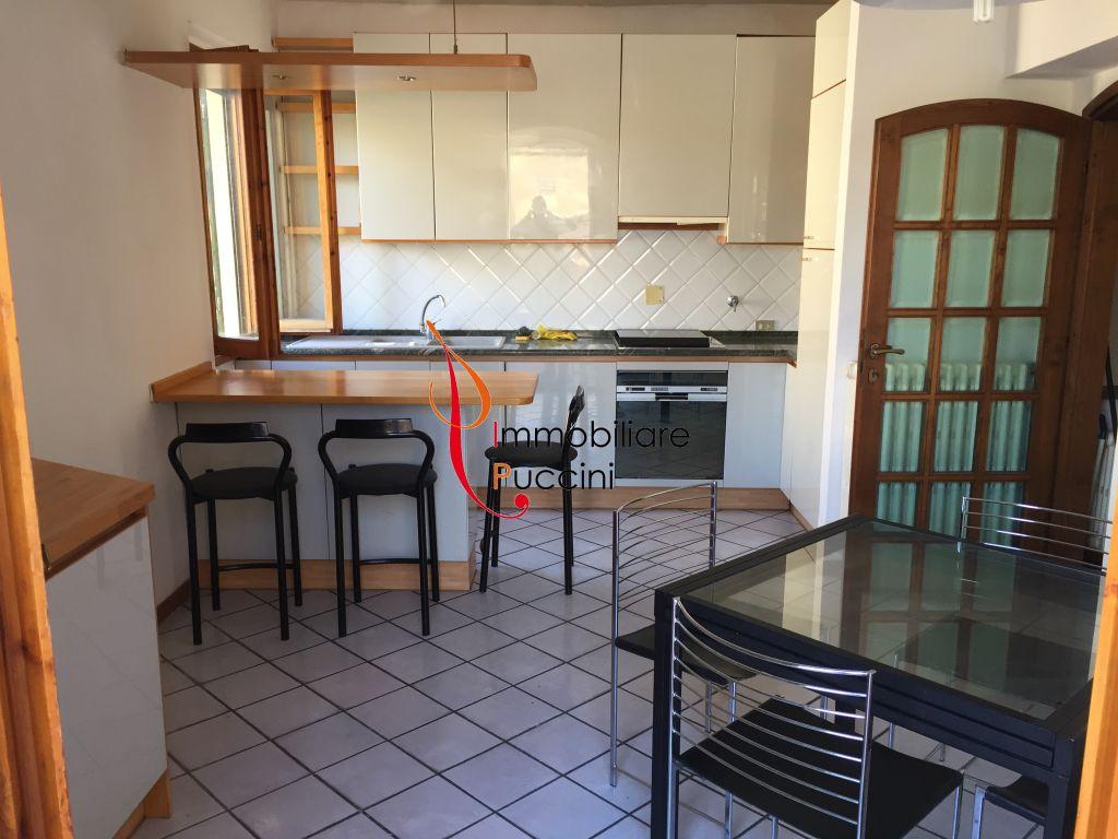 Soluzione Indipendente in vendita a Sesto Fiorentino, 5 locali, prezzo € 365.000 | CambioCasa.it
