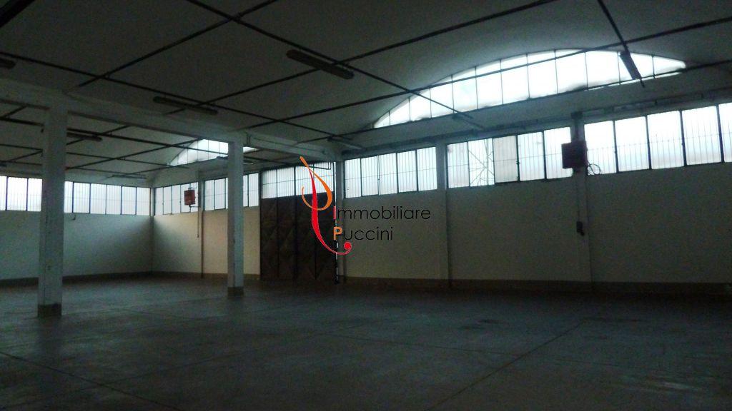 Capannone in affitto a Calenzano, 1 locali, zona Località: GENERICA, prezzo € 4.200 | Cambio Casa.it