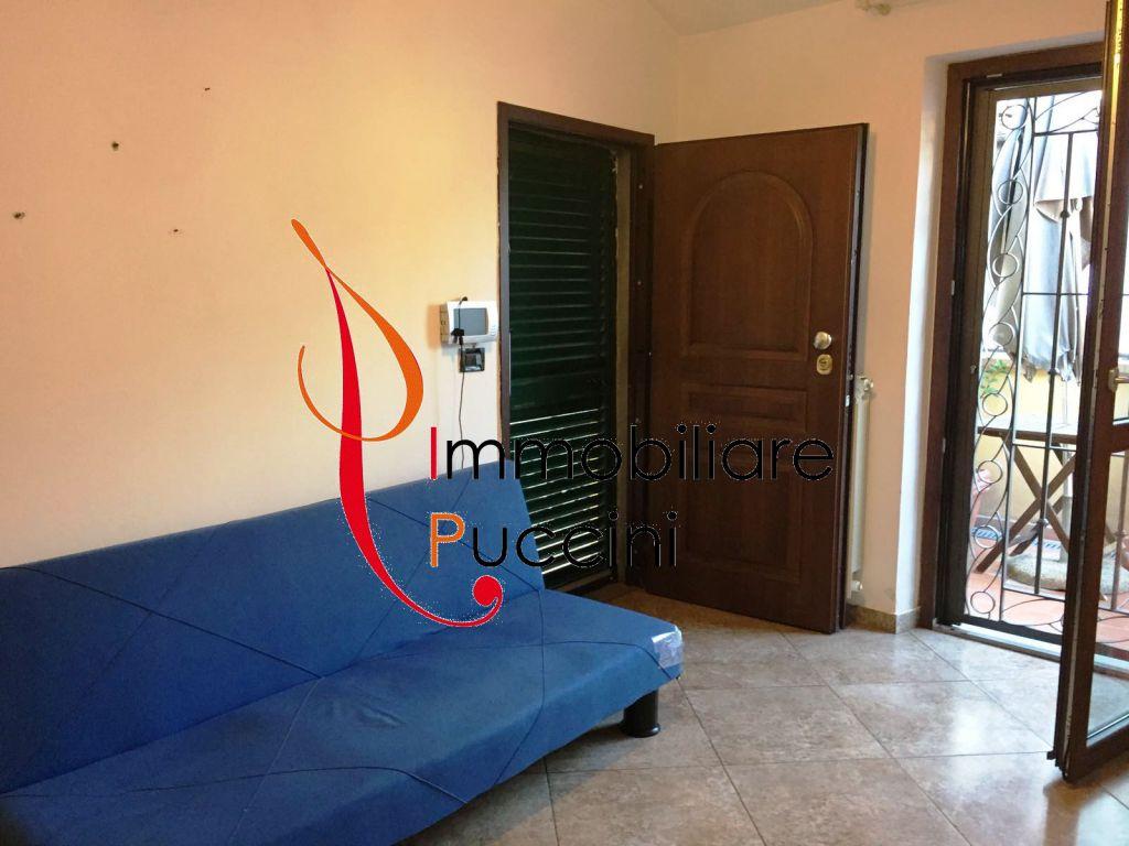 Soluzione Indipendente in vendita a Calenzano, 3 locali, zona Località: GENERICA, prezzo € 135.000 | Cambio Casa.it