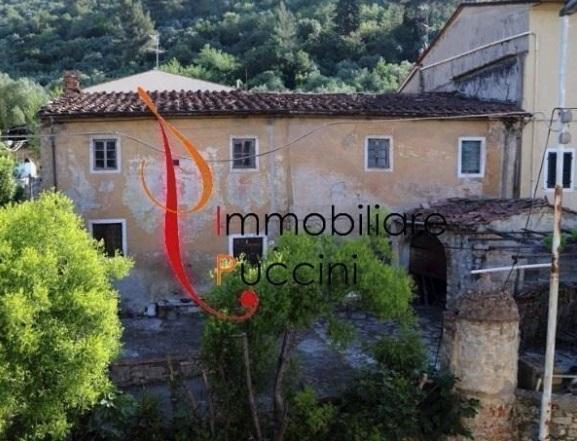 Rustico / Casale in vendita a Prato, 6 locali, zona Località: GENERICA, prezzo € 360.000   Cambio Casa.it