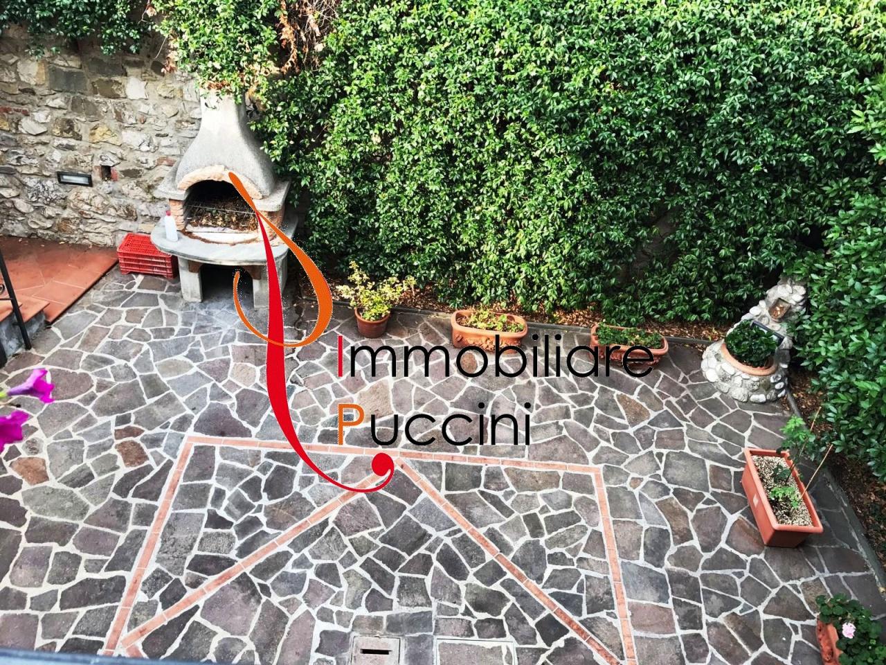 Soluzione Indipendente in affitto a Calenzano, 4 locali, Trattative riservate   CambioCasa.it
