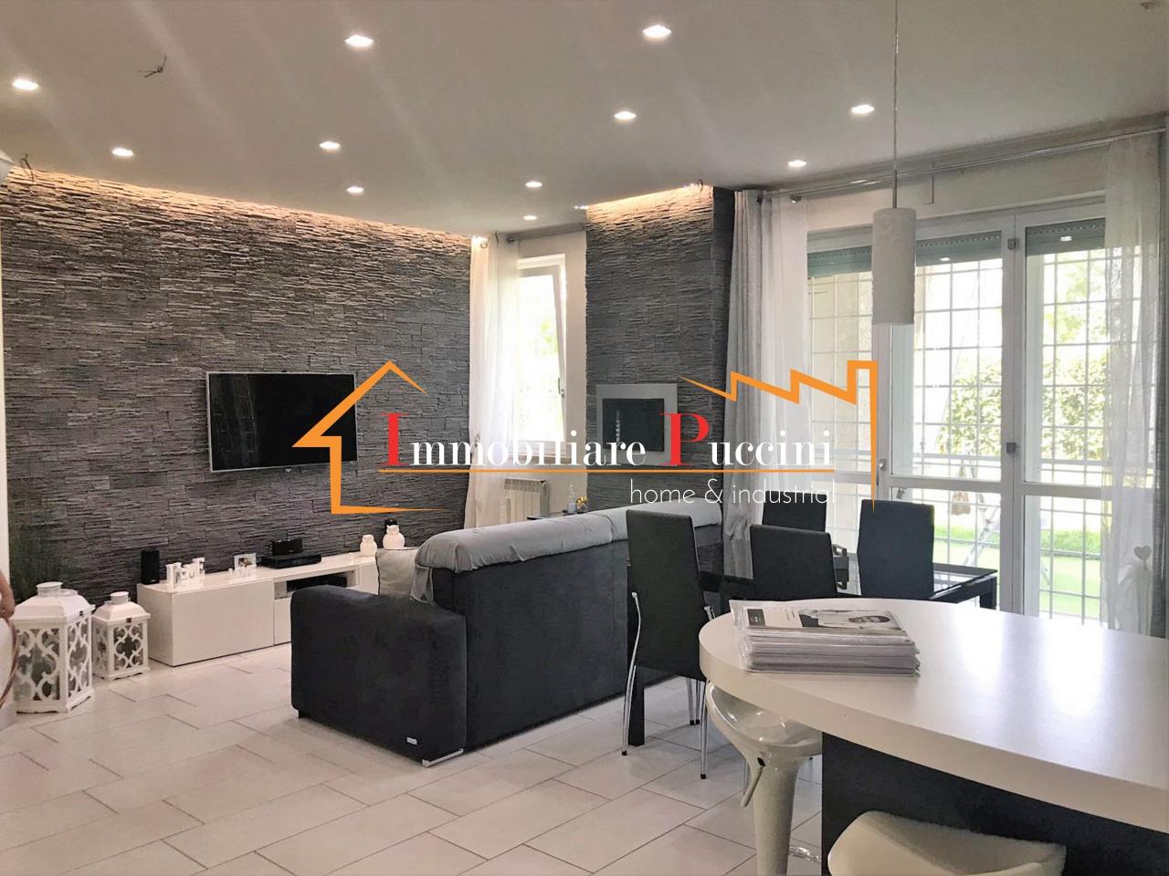 Appartamento in ottime condizioni in vendita Rif. 10569323