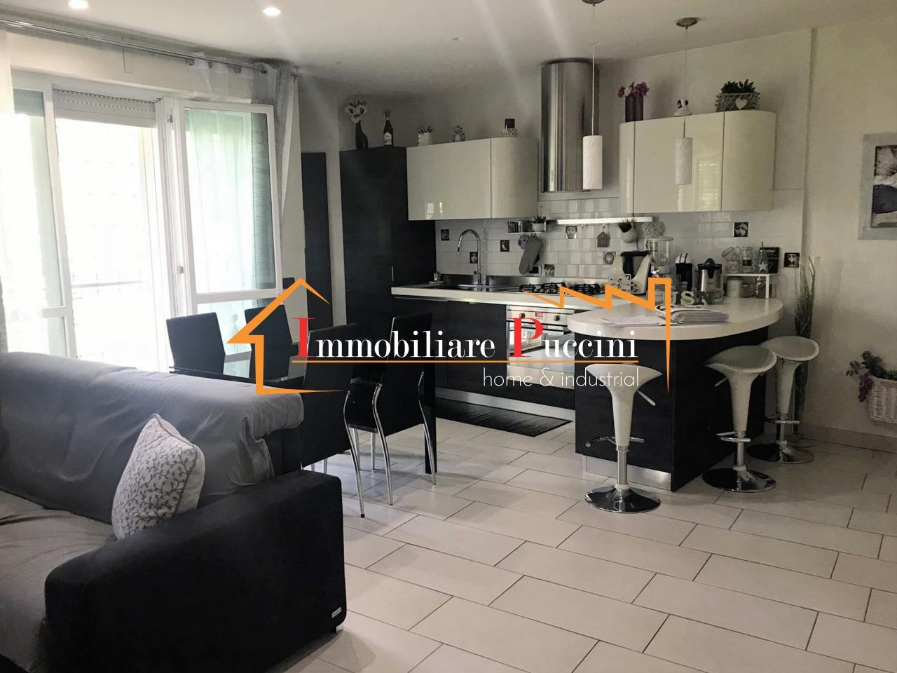 Appartamento in ottime condizioni in vendita Rif. 8824337