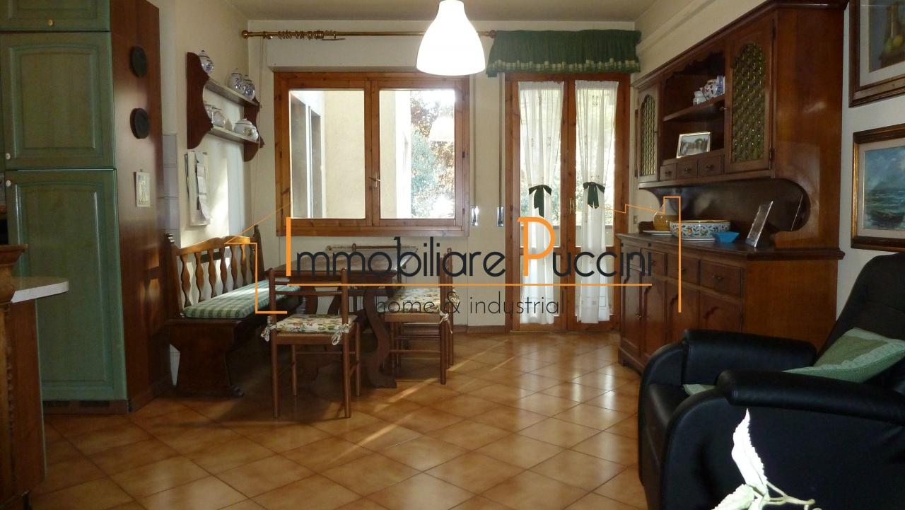 Appartamento in vendita a Calenzano, 3 locali, prezzo € 295.000 | CambioCasa.it