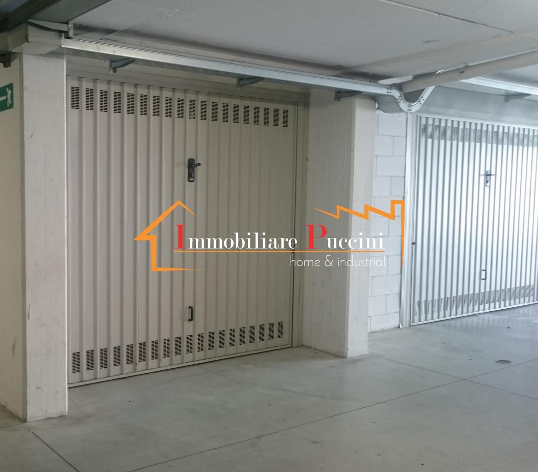 Box / Garage in vendita a Calenzano, 1 locali, prezzo € 29.000 | CambioCasa.it