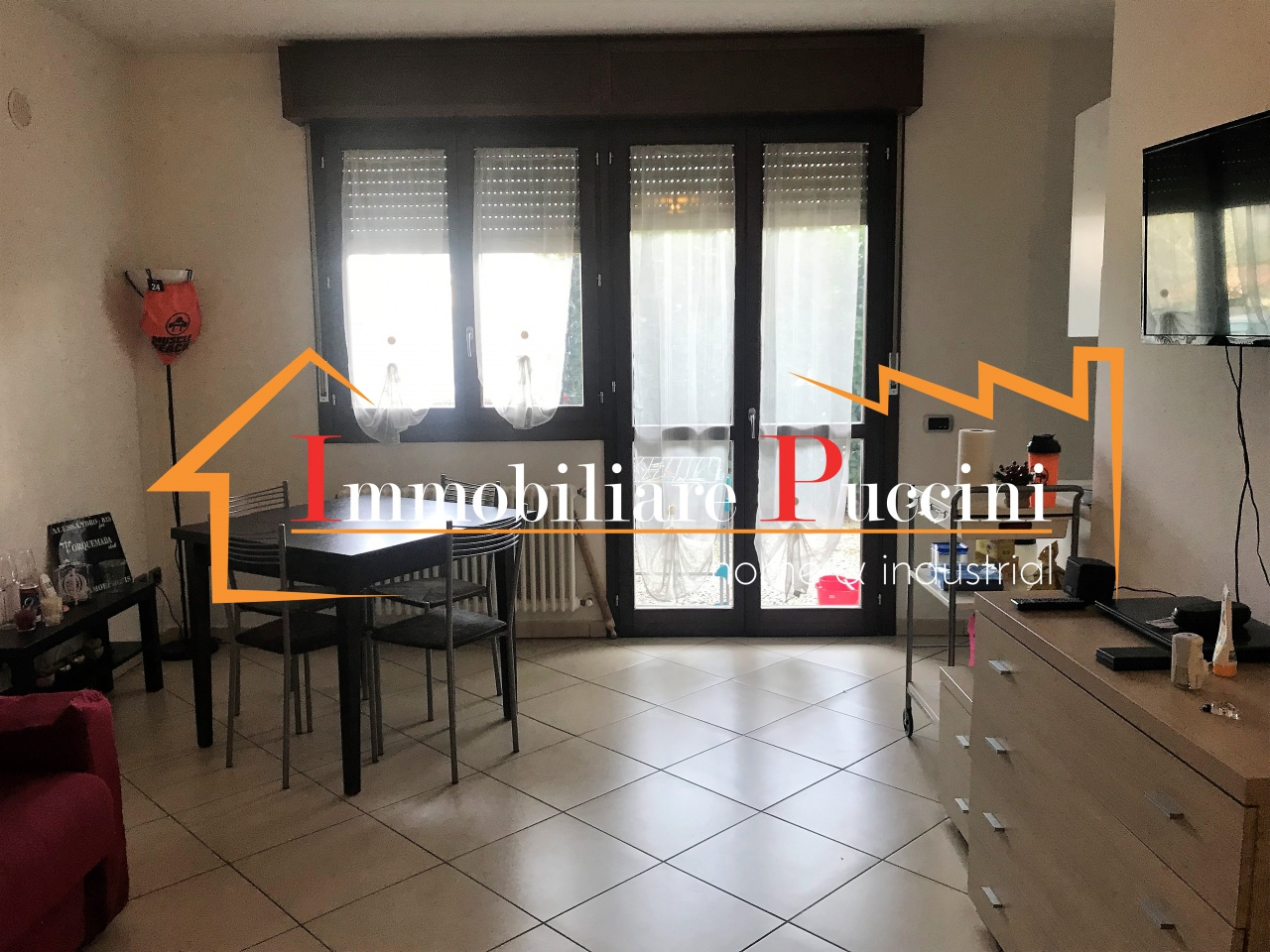 Appartamento in ottime condizioni arredato in affitto Rif. 10714615