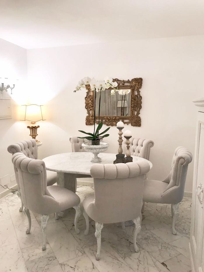 Appartamento ristrutturato arredato in vendita Rif. 10888459