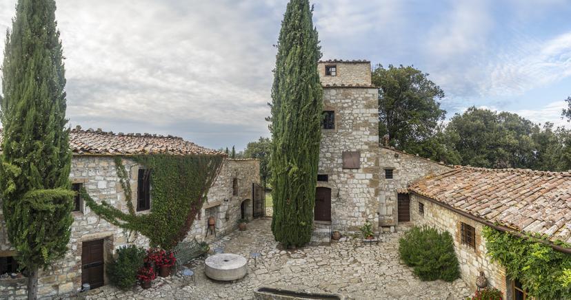 Rustico / Casale in buone condizioni in vendita Rif. 5949207