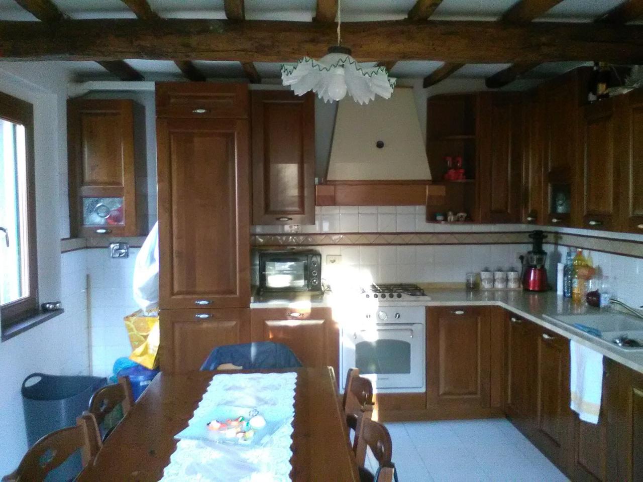 Casa Indipendente ristrutturato in vendita Rif. 9056755