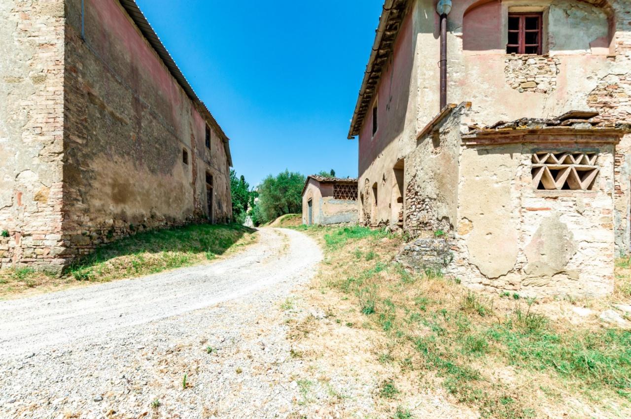 Rustico / Casale in discrete condizioni in vendita Rif. 11305253