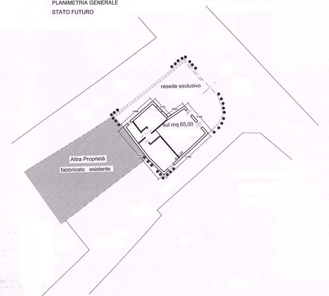 Terreno Commerciale in discrete condizioni in vendita Rif. 11305254