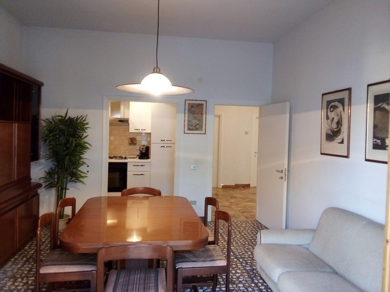 Appartamento in buone condizioni in vendita Rif. 11099548