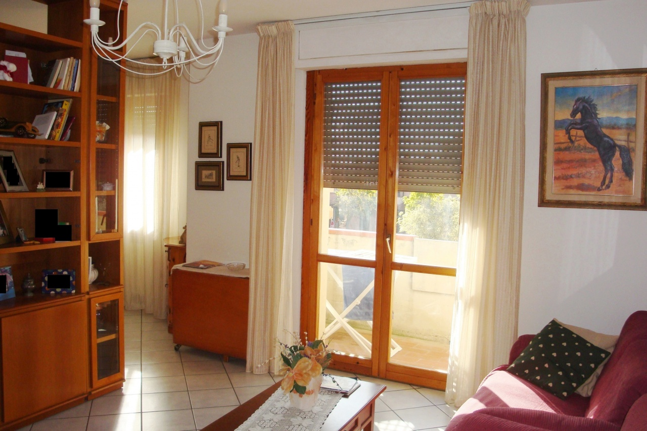 Appartamento in ottime condizioni in vendita Rif. 11350441