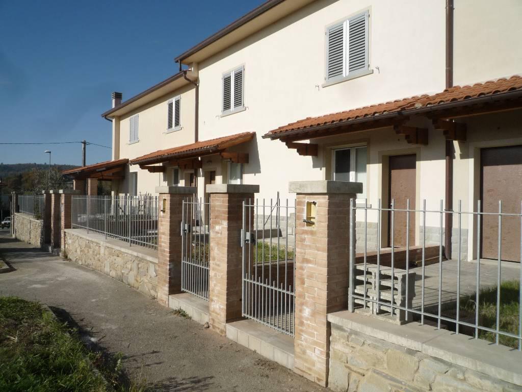 Villa a Schiera in vendita a Capolona, 4 locali, prezzo € 160.000 | CambioCasa.it