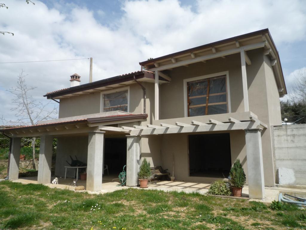 Soluzione Indipendente in vendita a Subbiano, 7 locali, prezzo € 260.000 | CambioCasa.it