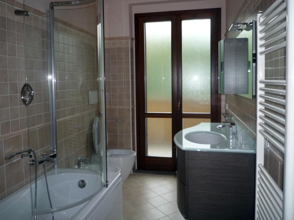 Appartamento in vendita a Subbiano, 4 locali, prezzo € 120.000 | CambioCasa.it