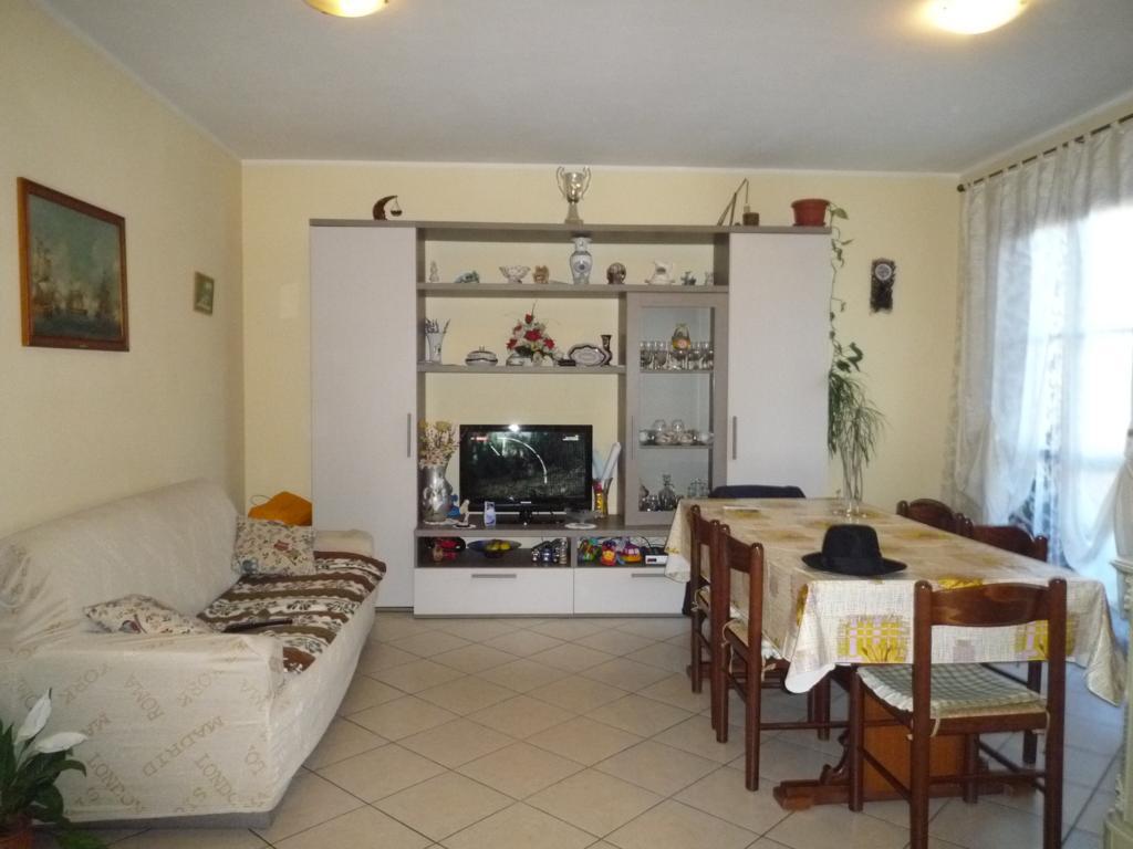 Appartamento in vendita a Subbiano, 4 locali, prezzo € 115.000 | CambioCasa.it