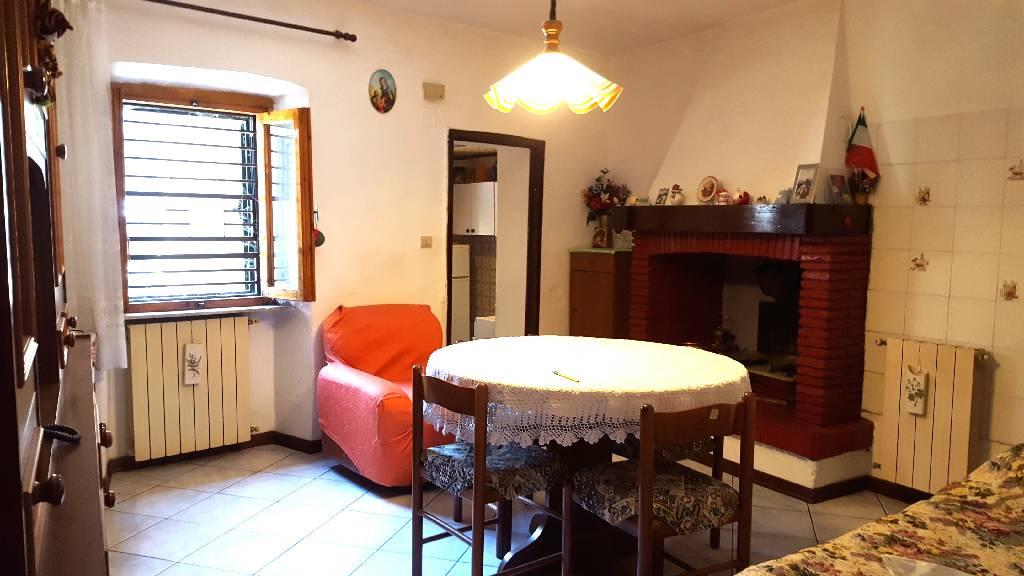 Soluzione Indipendente in vendita a Subbiano, 4 locali, prezzo € 70.000 | CambioCasa.it