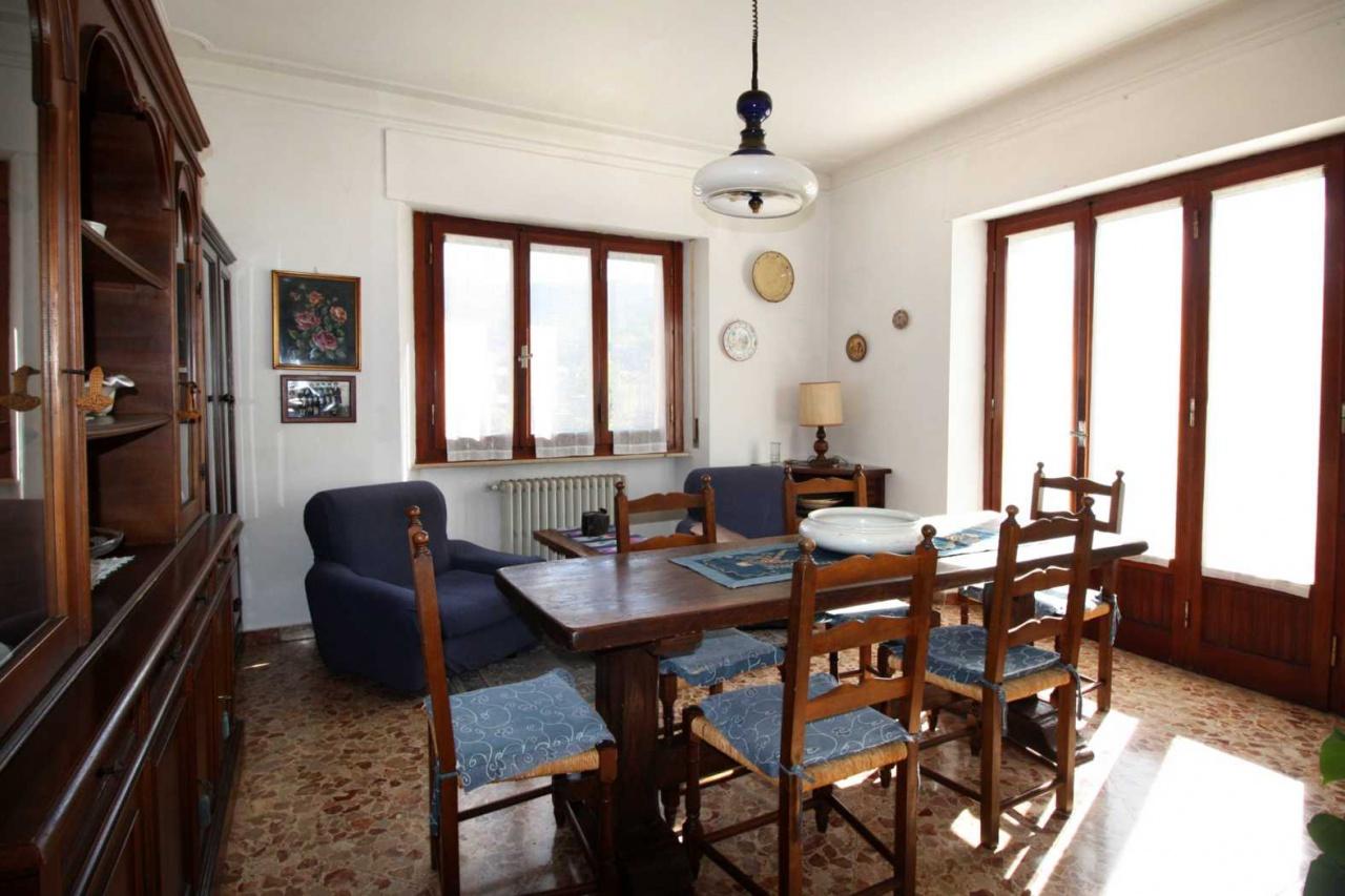 Appartamento in vendita a Subbiano, 4 locali, prezzo € 79.000 | CambioCasa.it