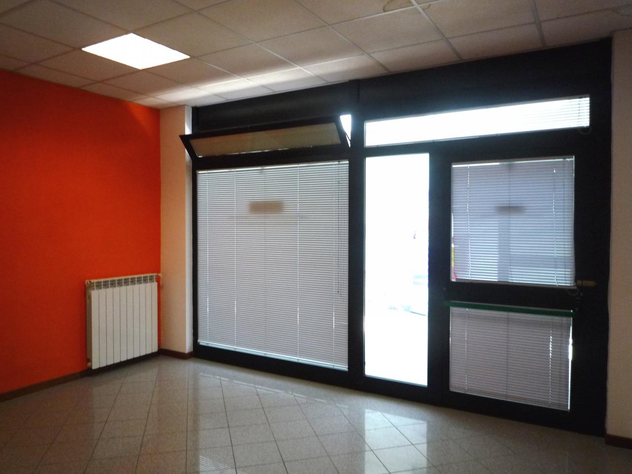 Ufficio / Studio in affitto a Subbiano, 2 locali, prezzo € 300 | CambioCasa.it