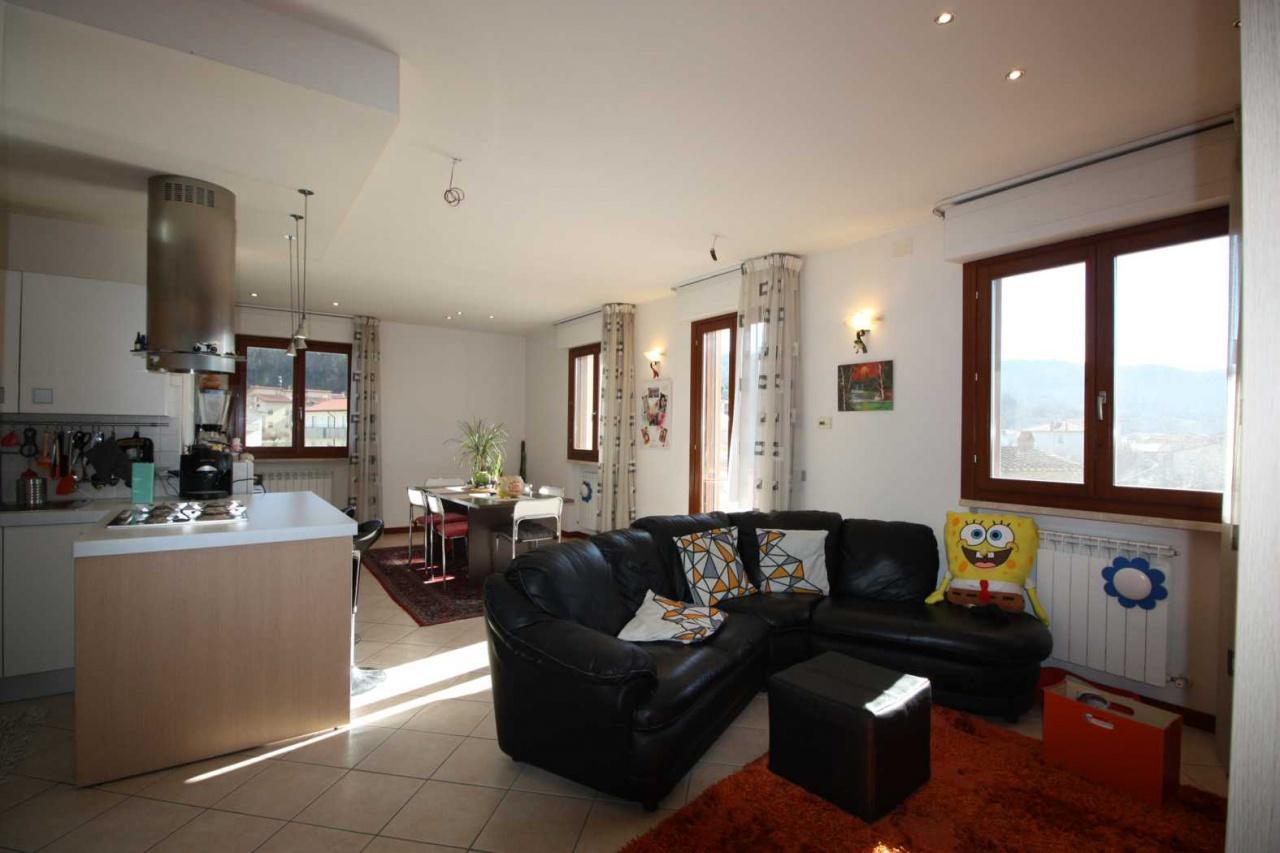 Appartamento in vendita a Subbiano, 3 locali, prezzo € 170.000 | CambioCasa.it