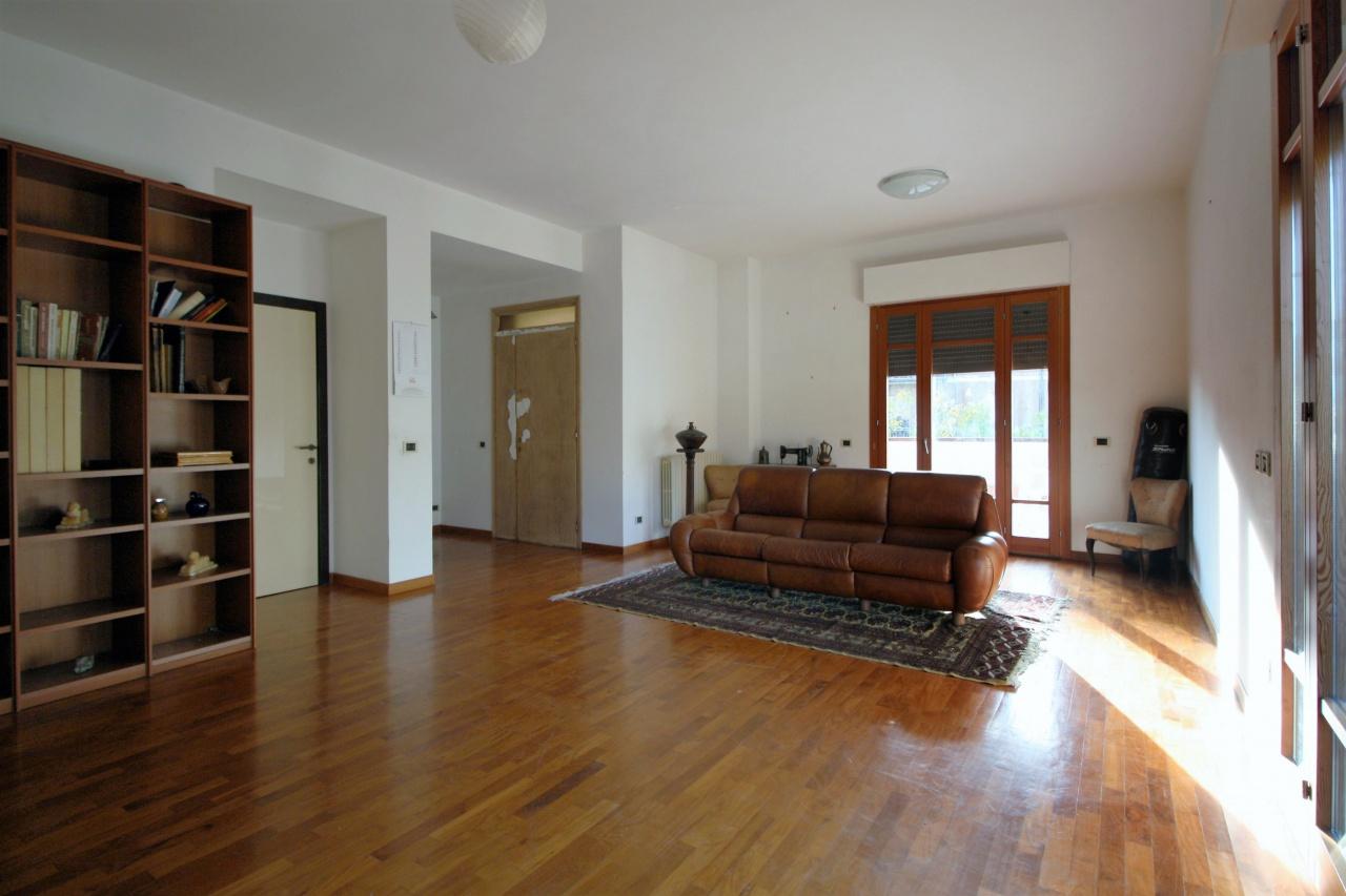 Appartamento in vendita a Capolona, 4 locali, prezzo € 120.000   PortaleAgenzieImmobiliari.it