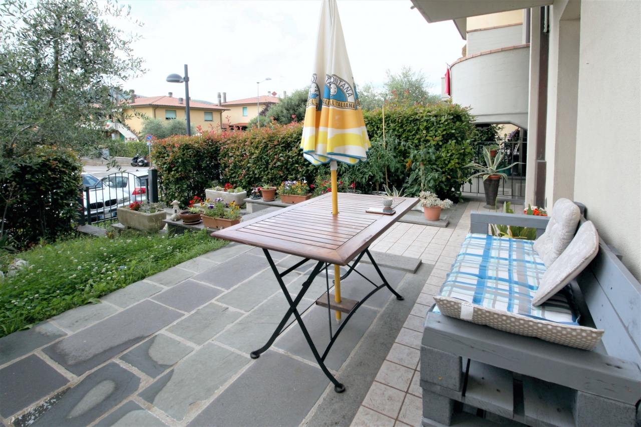 Appartamento in vendita a Subbiano, 2 locali, prezzo € 90.000 | CambioCasa.it