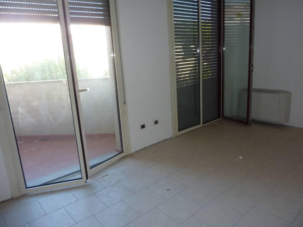 Ufficio / Studio in vendita a Campiglia Marittima, 1 locali, zona Zona: Venturina, prezzo € 130.000 | Cambio Casa.it