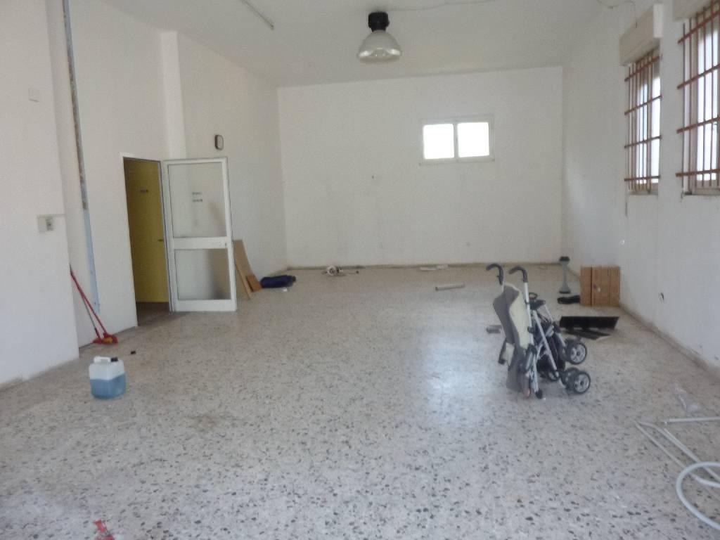 Negozio / Locale in vendita a Campiglia Marittima, 9999 locali, zona Zona: Venturina, prezzo € 150.000 | Cambio Casa.it