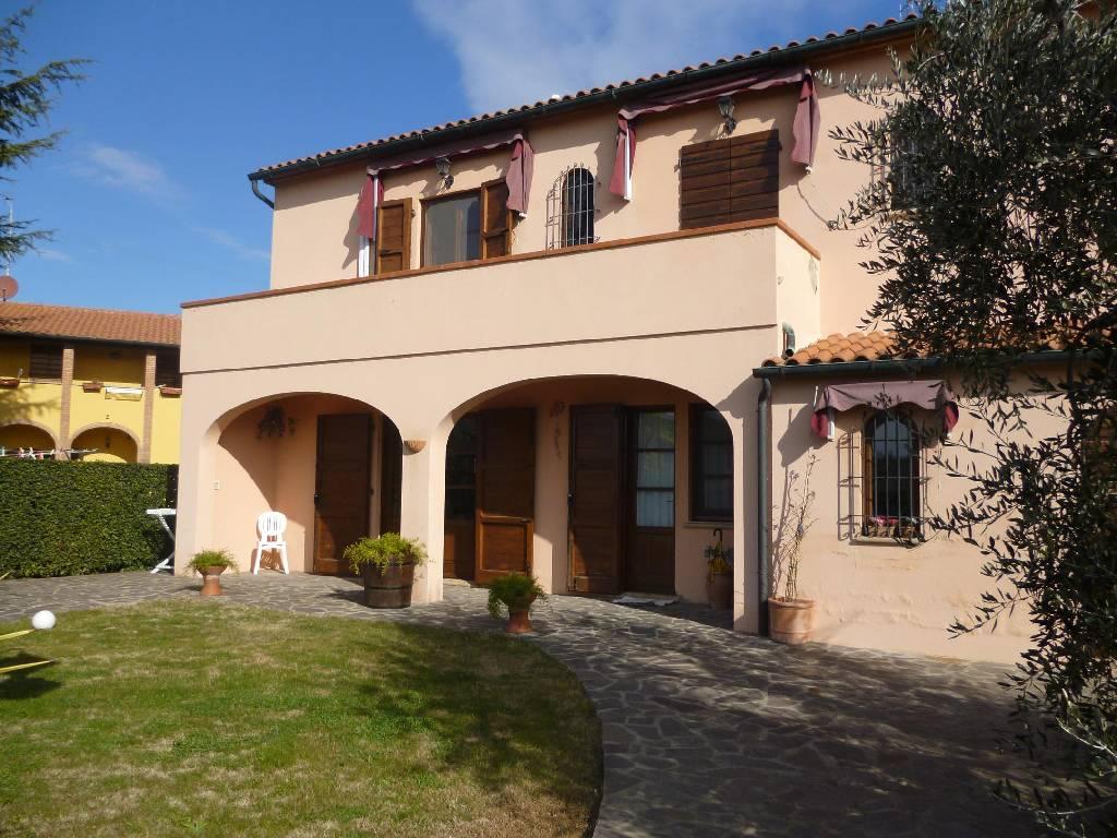 Soluzione Indipendente in vendita a Campiglia Marittima, 5 locali, zona Zona: Cafaggio, Trattative riservate | Cambio Casa.it