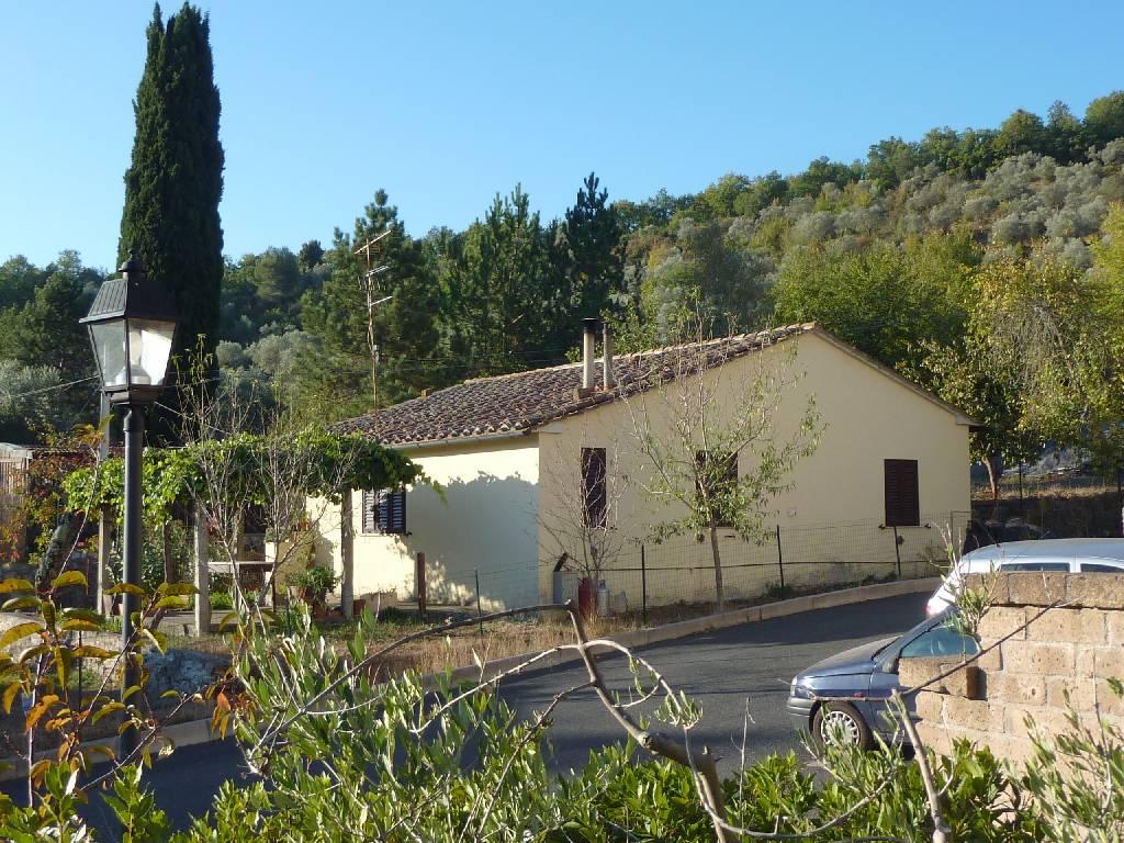 Soluzione Indipendente in vendita a Suvereto, 4 locali, zona Località: FRASSINE, prezzo € 80.000   Cambio Casa.it