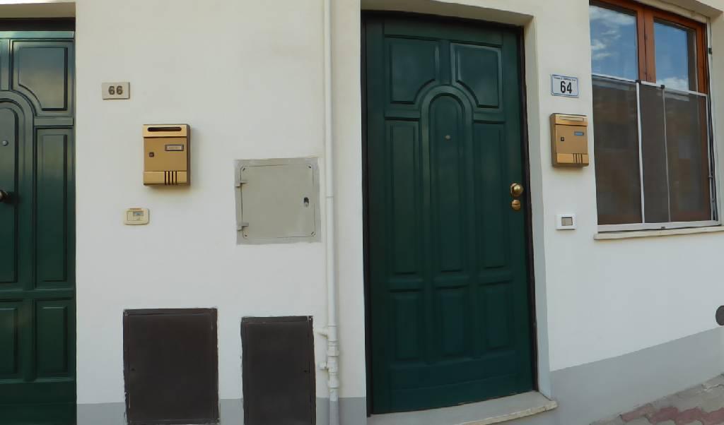 Soluzione Indipendente in vendita a Campiglia Marittima, 3 locali, zona Località: VENTURINA TERME, prezzo € 140.000 | Cambio Casa.it