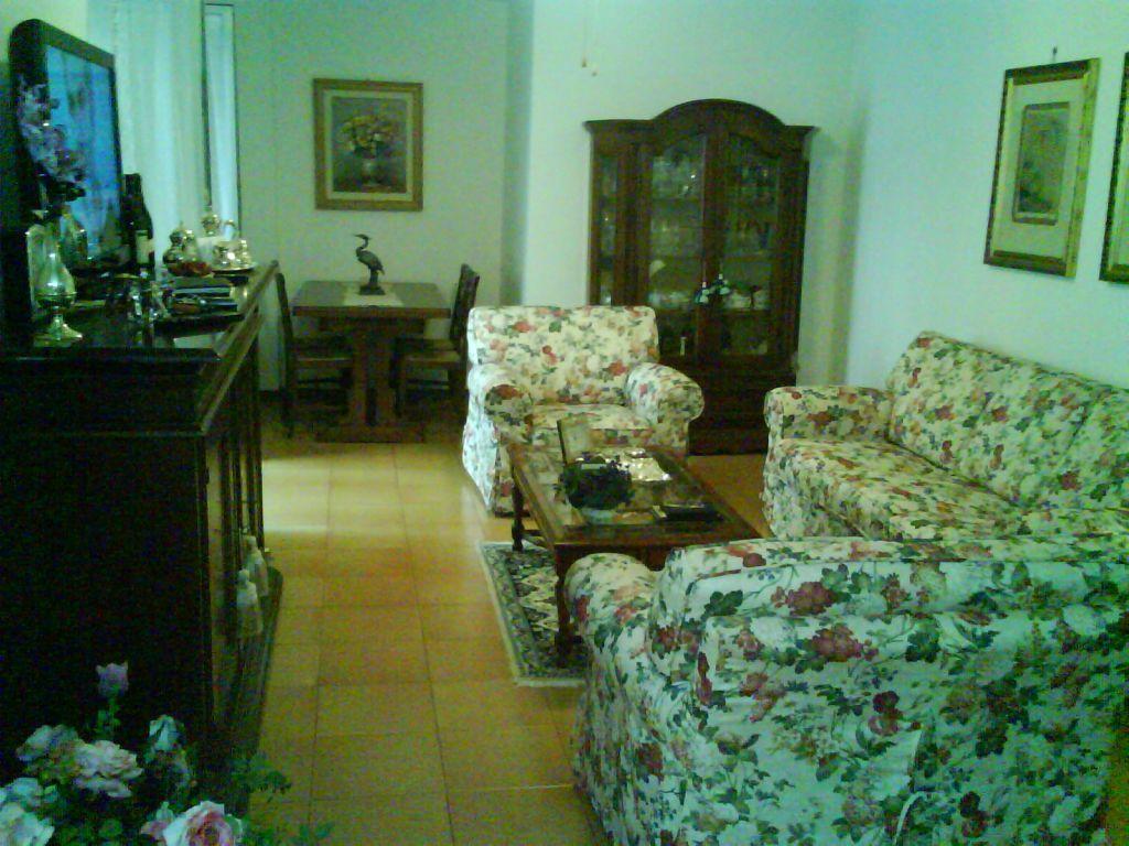 Appartamento in vendita a Follonica, 3 locali, prezzo € 260.000 | CambioCasa.it