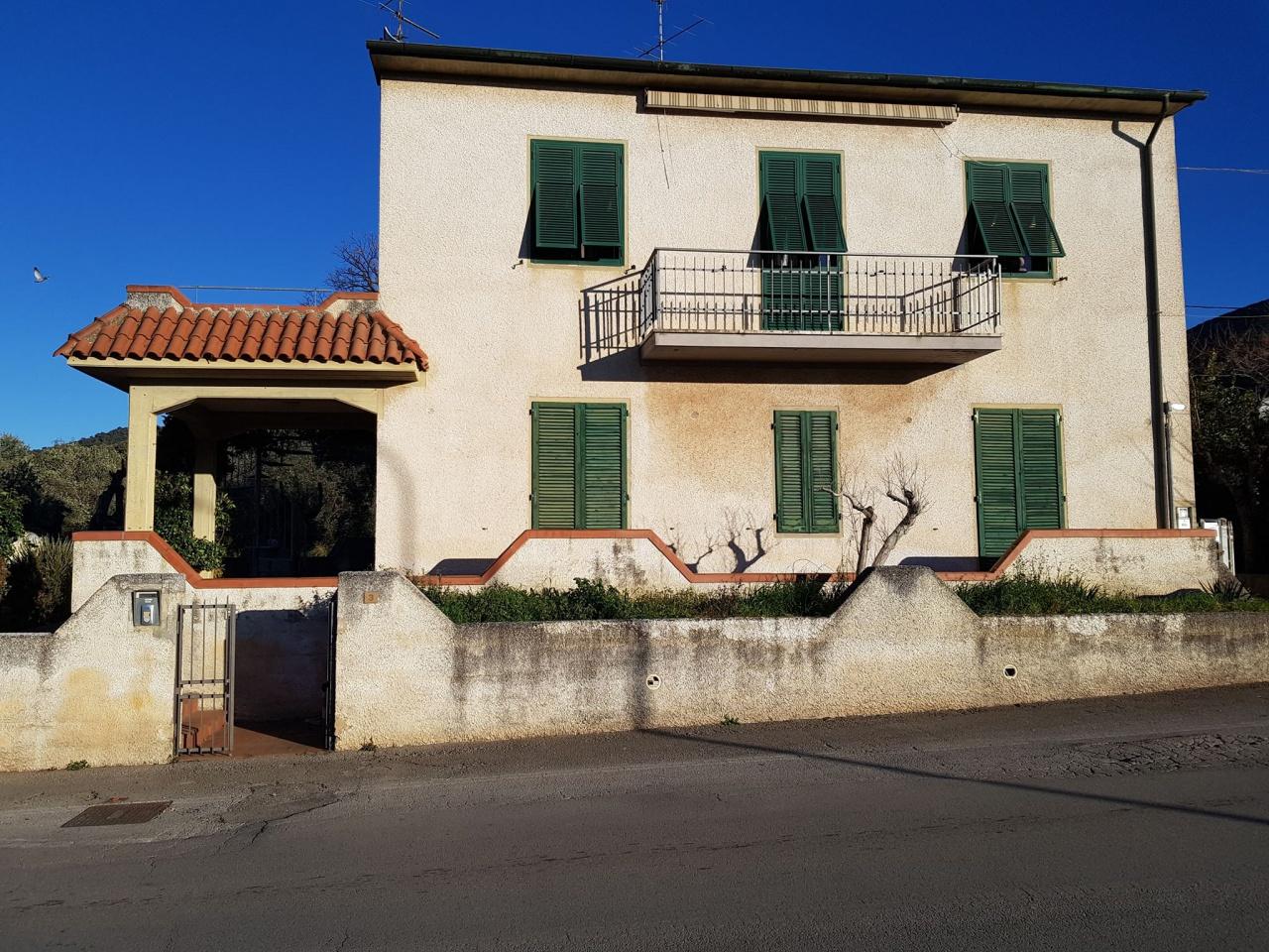 Appartamento in vendita a Gavorrano, 4 locali, prezzo € 155.000   PortaleAgenzieImmobiliari.it