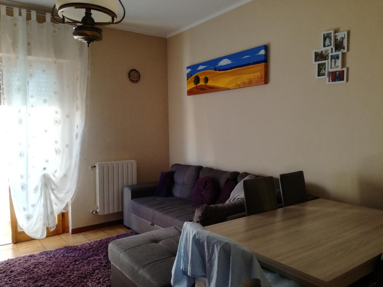 Appartamento in vendita a Follonica, 3 locali, prezzo € 180.000 | CambioCasa.it