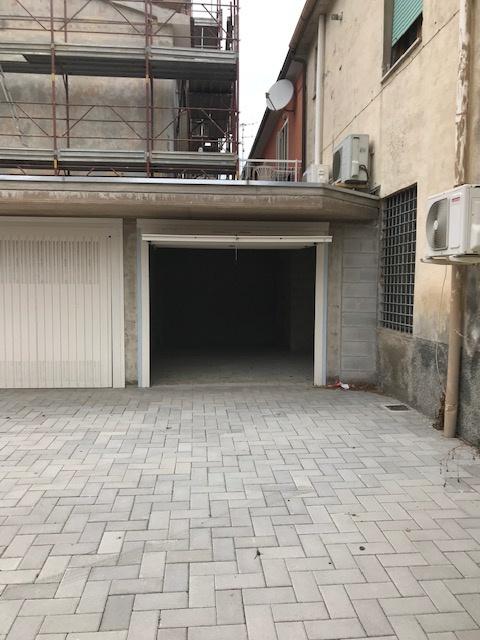 Box / Garage in Vendita a Gavorrano