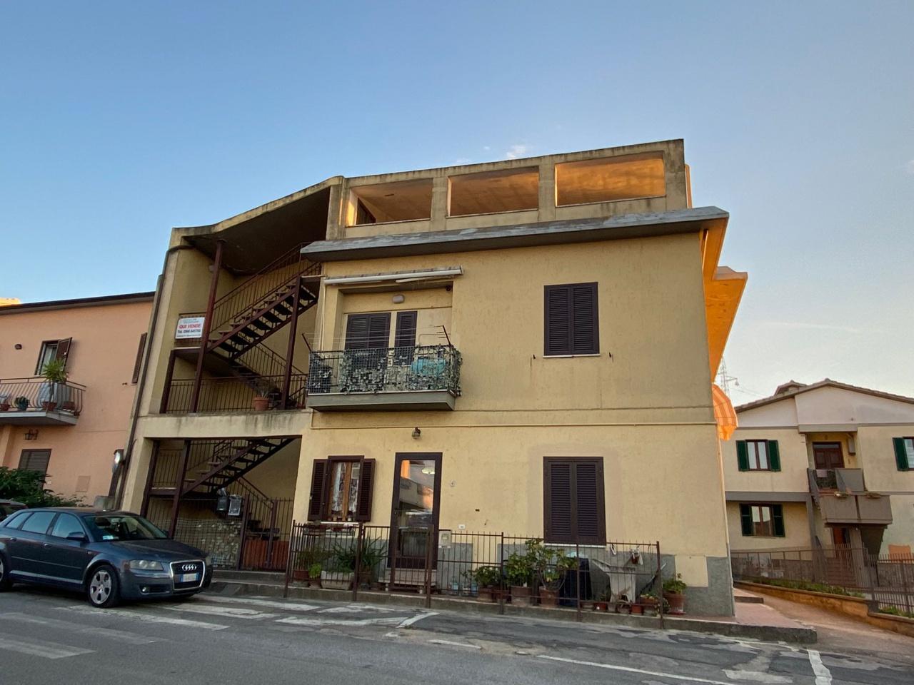 Appartamento in vendita a Gavorrano, 3 locali, prezzo € 110.000   PortaleAgenzieImmobiliari.it