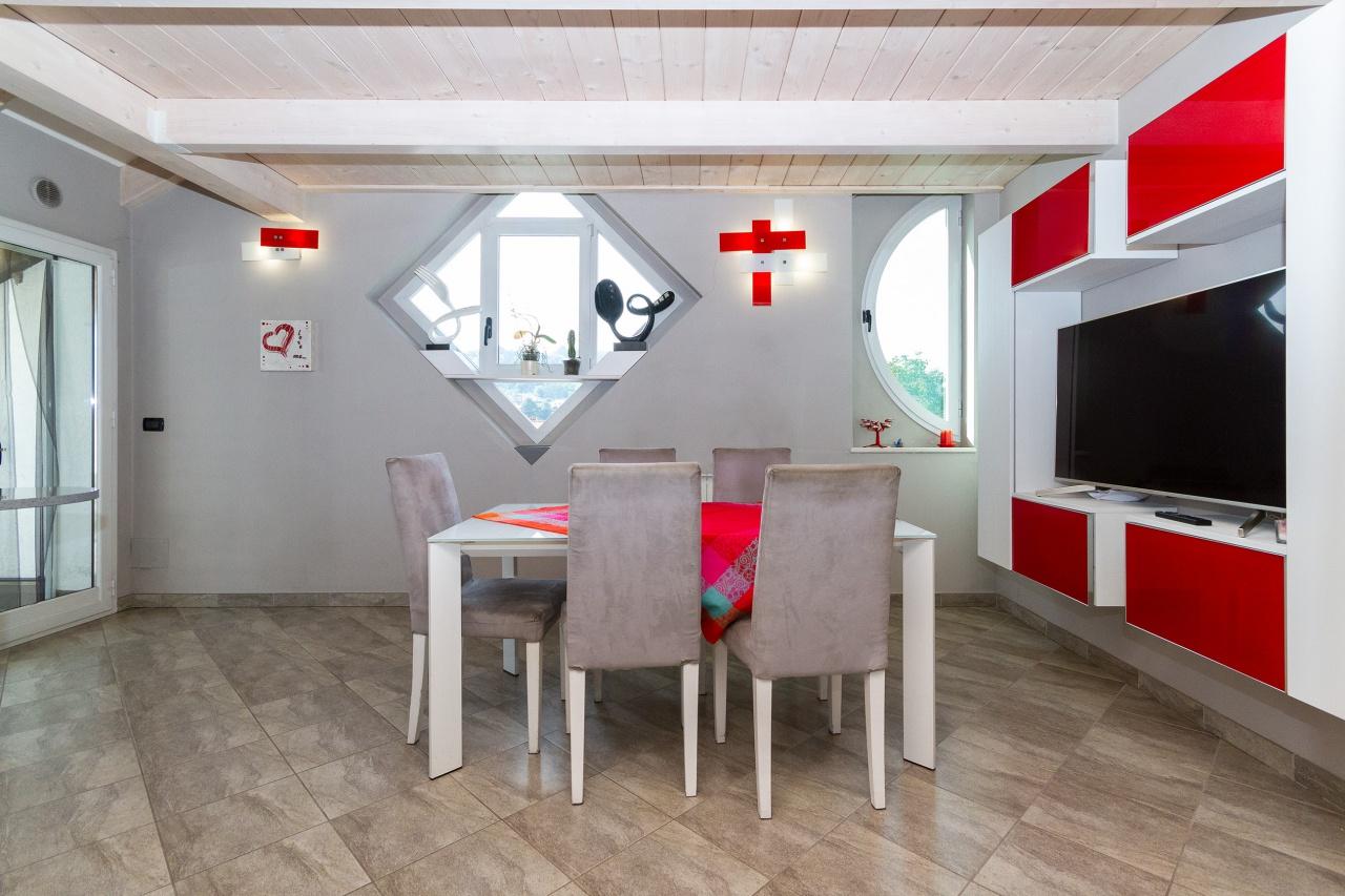 Appartamento ristrutturato in vendita Rif. 11273800