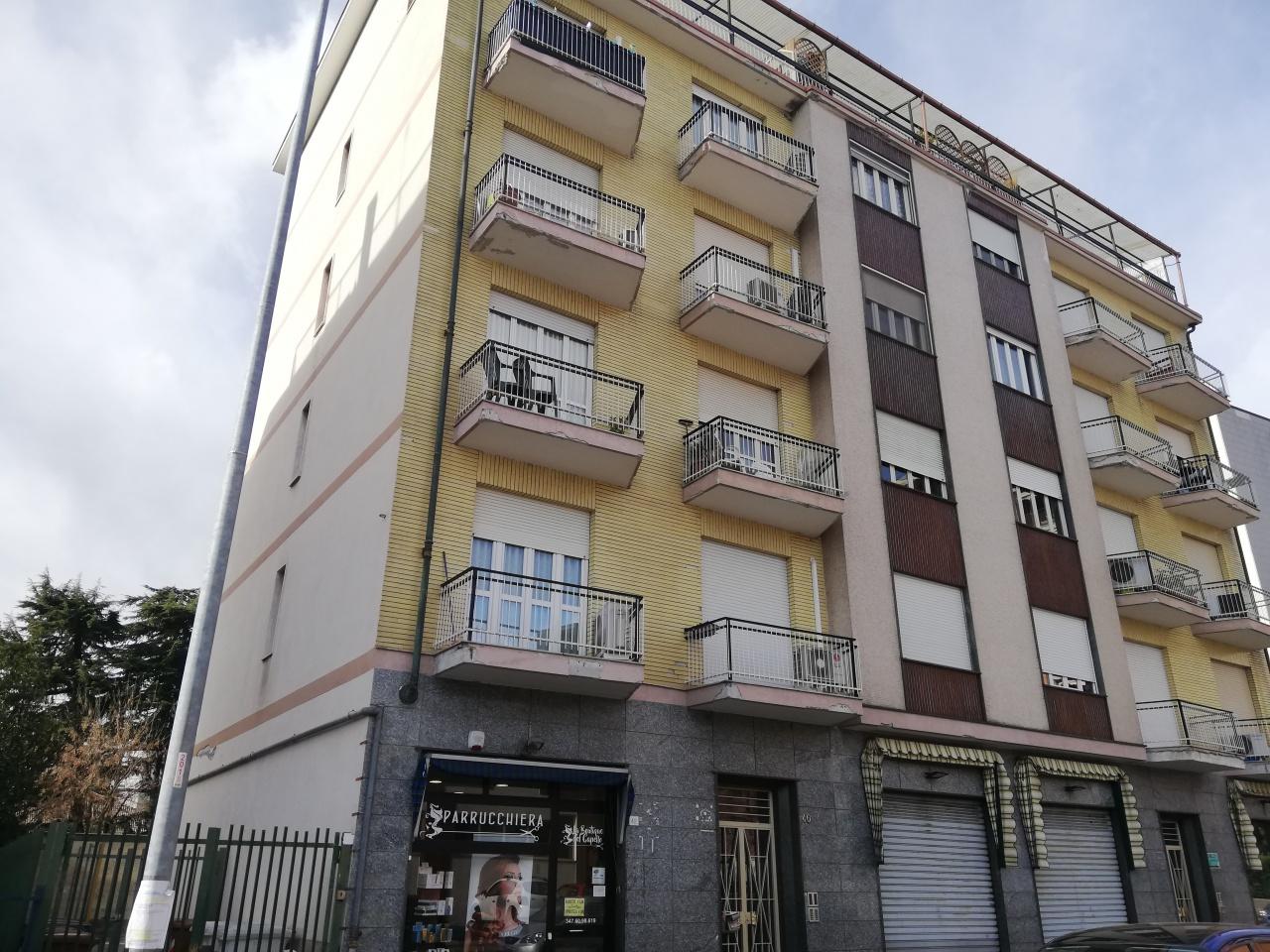 Magazzino - capannone in buone condizioni in vendita Rif. 12200113