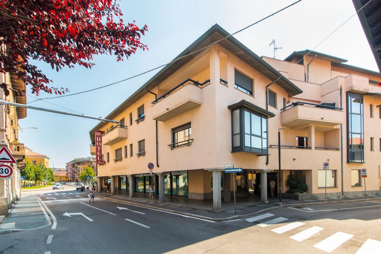 Albergo in vendita a Parabiago, 9999 locali, Trattative riservate | PortaleAgenzieImmobiliari.it