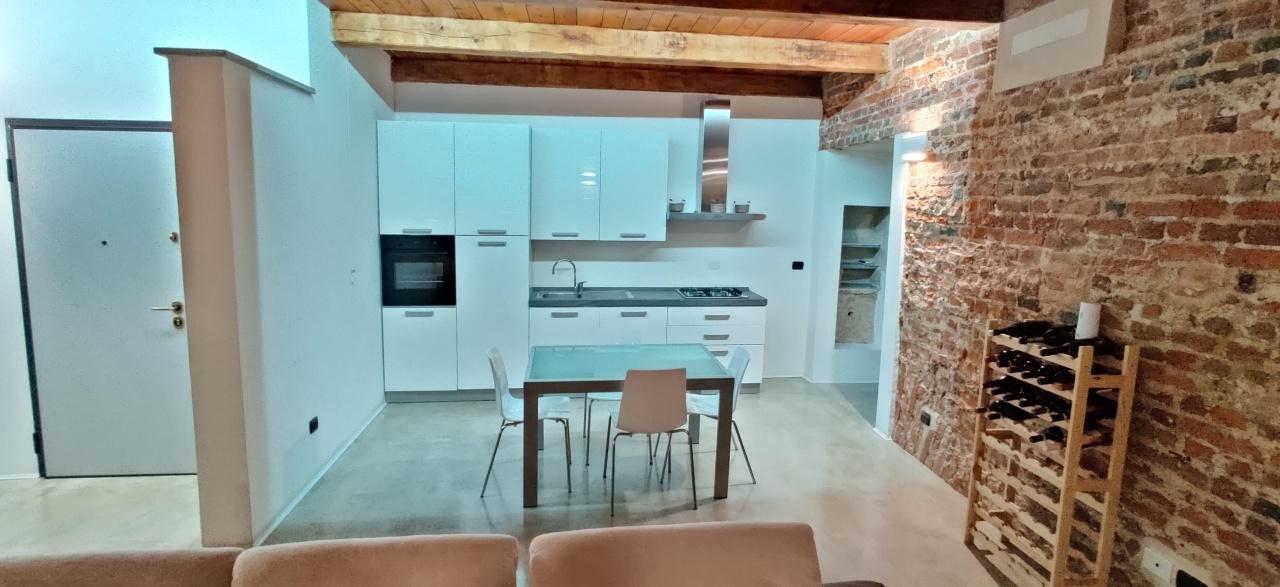 Appartamento in affitto a Asti, 2 locali, prezzo € 750 | PortaleAgenzieImmobiliari.it