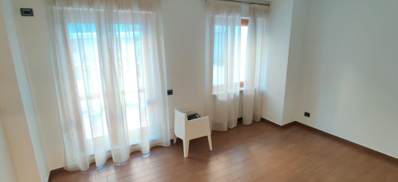 Ufficio / Studio in affitto a Asti, 1 locali, prezzo € 200 | PortaleAgenzieImmobiliari.it