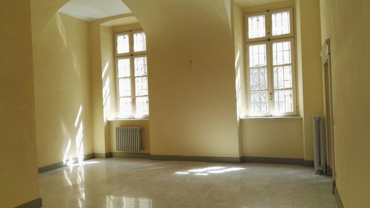 Ufficio / Studio in affitto a Asti, 3 locali, prezzo € 850 | PortaleAgenzieImmobiliari.it